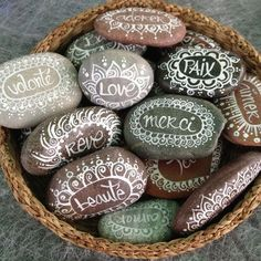 aimere and reve Pebble Painting, Pebble Art, Stone Painting, Rock Crafts, Fun Crafts, Diy And Crafts, Pierre Decorative, Inspirational Rocks, Rock Painting Patterns