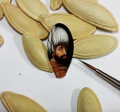 Türk Sanatçı Hasan Kale tarafından İnanılmaz Tiny Yüzeyler Yapılan Yeni Çarpıcı Resimler | InspireFirst