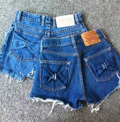 high waist denim shorts with bow pockets These are so easy to make! All you have to do is cut  up a pair of jeans and make two bow out of the scraps(part of the jeans you cutted up). Then just fold it up or leave it