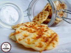 DIY – Isteni sajtos tallérok gofrisütőben sütve  | HahoPihe Konyhája - Receptneked.hu