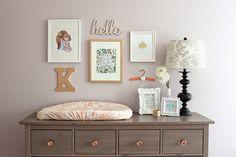 Una habitación de bebé delicada y con toques en Dorado! | Decorar tu casa es facilisimo.com