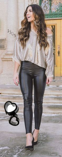 I think I have a problem. I can't get enough shiny, pleather leggings...