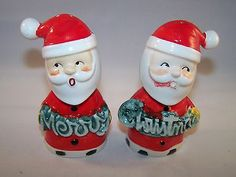 VINTAGE JAPAN SANTA CLAUS MERRY CHRISTMAS SALT AND PEPPER SHAKER SET
