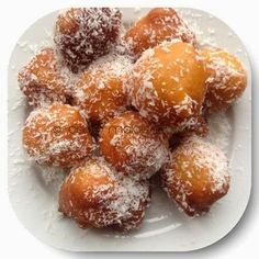 No koesisters this morning so we made  capemalay bollas. Here& the recipe. Bollas Makes approximately 40 bollas Ingredient. Donut Recipes, Baking Recipes, Dessert Recipes, Cake Recipes, Oven Recipes, Potato Recipes, Snack Recipes, South African Recipes, Indian Food Recipes