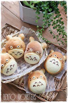 Totoro Bread Bun Recipe by Bento, Monsters Kawaii Bento, Cute Bento, Japanese Sweets, Japanese Food, Totoro, Cute Food, Yummy Food, Kawaii Cooking, Bread Art