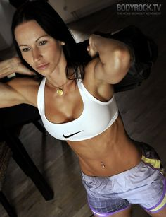 I love following Zuzana.. she has the best workouts.