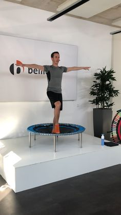 Rebounder Trampoline, Trampoline Workout, Power Workout, Rebounding, Get Healthy, At Home Workouts, Diy Home Decor, Strong, Exercise
