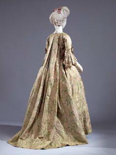 Robe à la française ca. 1775-80 [reverse of previous pin]