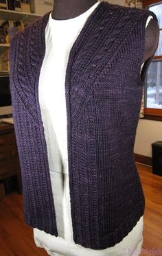 A layering piece perfect for transitioning between seasons - as winter warms or summer cools.Knit from the bottom up in pieces with slight waist-shaping and cur Ravelry: Stonybrooke Vest pattern by Valerie Hobbs Ravelry: Ariosa Wrap Cardi pattern by Cecil Love Knitting, Knitting Stitches, Hand Knitting, Knit Vest Pattern, Knitting Patterns, I Cord, Knit Or Crochet, Knitting Projects, Dresses