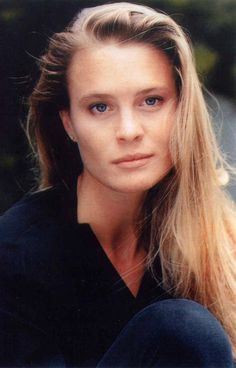Robin Wright - Natural Look. Pretty People, Beautiful People, Beautiful Women, Gorgeous Lady, Beautiful Things, Robin Wright Princess Bride, Robin Wright Young, Young Marilyn Monroe, Elizabeth Mcgovern