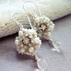 Classic and clear.ATHALIE- Silver, Pearl and Lace Flower Earrings