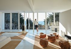 Take a look around Rick Rubin's comfortably minimalist home in Malibu - Curbed LAclockmenumore-arrow : The music producer has spent years renovating the speaker-filled retreat