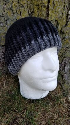 """""""Lakeside Beanie"""" A pattern from Chellie Plummer of 5 Knots North This hat is worked top. Crochet Beanie Hat Free Pattern, Mens Crochet Beanie, Crochet Quilt Pattern, Crochet Adult Hat, Easy Crochet Hat, Crochet Skull, Crochet Cap, Crochet Scarves, Crochet Patterns"""