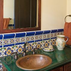 Love The Use Of Different Sizes Of Tile And Color To Create This Bathroom Backsplash