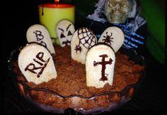 Rémes temető-puding Sugar, Cookies, Halloween, Breakfast, Desserts, Food, Crack Crackers, Morning Coffee, Tailgate Desserts
