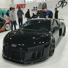 Audi R8 Z_litwhips Audi R8 Z_litwhips https://www.facebook.com/bestcarguru/
