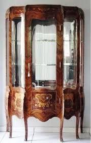Resultado de imagem para cristaleiras antigas