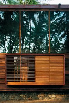 Beach house in Nandgaon - India, by Studio Mumbai. Tropical Architecture, Sustainable Architecture, Residential Architecture, Architecture Details, Interior Architecture, Interior And Exterior, Pavilion Architecture, Contemporary Architecture, Landscape Architecture