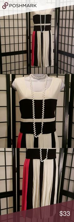 Chaus New York Colorblock Dress Excellent Condition, Pleats, Red Black Pink, Stretch, Back Zipper, Fully Lined, Accessories not included, Thanks for sharing my closet, I will show Posh love by doing the same. Chaus New York  Dresses