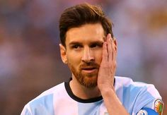 'There are 100 idiots who speak & criticise.' #Messi convinced not to listen to them.