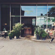 to eat.  Coconut bread here we go!! #grangerandco #lppcityguidetolondon #townske #interior #inspiration #london #kingscross #australian #food #restaurant #styling #londonguide #toeat #totakeaway #trainfood #jeanprouve #eames #classics #pink #pinkinterior #terrazzo
