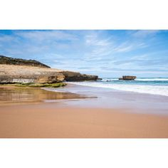 Sherbrooke Beach Great Ocean Road #sherbrookebeach #greatoceanroad #victoria #beach #ocean #waves #sunshine #seegor #blueskies #twelveapostles #ausfeels #visitvictoria #seeaustralia_vic #australia #weekend #nature #beautifulview by edgeofaustralia