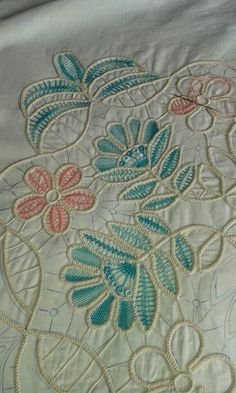 . Embroidery Stitches, Hand Embroidery, Embroidery Designs, Needle Lace, Bobbin Lace, Romanian Lace, Lace Art, Point Lace, Irish Lace
