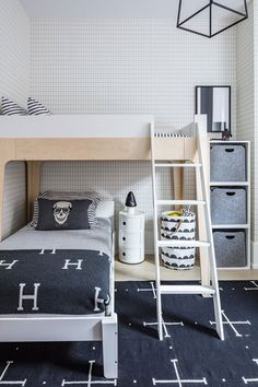 Loft style interior design does not stand still, it evolves with modern trends, increasingly incorporating elements of other styles. This loft in a ✌Pufikhomes - source of home inspiration Kids Bedroom, Bedroom Decor, Kids Rooms, Bedroom Ideas, Bureau Design, Shared Rooms, Kids Room Design, Carrie Bradshaw, Bunk Beds