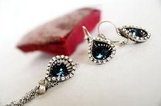 art deco clear crystal navy blue swarovski rhinestone teardrop necklace earrings wedding bridal jewelry bridesmaids jewelry set by sestras on Etsy https://www.etsy.com/listing/187416388/art-deco-clear-crystal-navy-blue