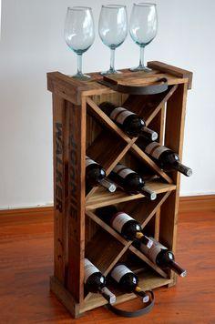 Botella De Vino De Madera Percha De Vino O /'Clock Buenos amigos ahorrar agua desayuno