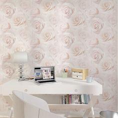 Charme et romantisme sur vos murs avec ce papier peint LIT DE ROSES !