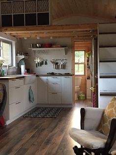 39′ Tiny House w/ Loft on Gooseneck