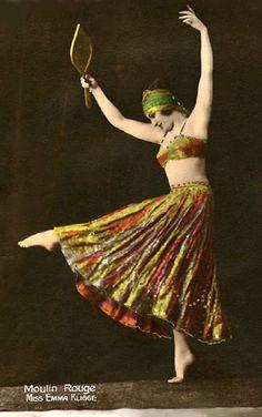Hand-tinted postcard of Emma Kligge, Moulin Rouge dancer - Alfred Noyer