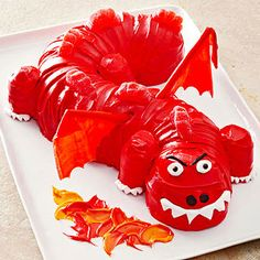 Dragon Cake-Transform a fluted tube cake into a fire-breathing dragon for a birthday cake that really roars. Fun add-ons like fruit-leather wings and marshmallow claws provide extra menace. Creative Birthday Cakes, Birthday Treats, Birthday Boys, Birthday Desserts, Birthday Stuff, Cake Birthday, Fun Desserts, Birthday Parties, Dragon Party