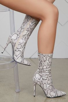 19e60951eab 3163 Best High heels images in 2019