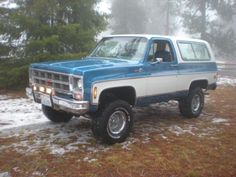 Classic Pickup Trucks, Chevy Pickup Trucks, Gm Trucks, Chevy Blazer K5, K5 Blazer, Chevy Stepside, Chevy Pickups, Chevrolet 4x4, Custom Trucks