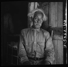 """Portraits of former slaves from """"Born in Slavery: Slave Narratives from the Federal Writers' Project, 1936-1938"""" and the photographers of the Farm Security Administration."""