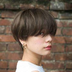 Short Sassy Haircuts in 2020 Tomboy Haircut, Short Hair Tomboy, Tomboy Hairstyles, Asian Short Hair, Girl Short Hair, Hairstyles Haircuts, Short Hair Cuts, Korean Short Hairstyle, Short Sassy Haircuts