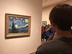 V loves Vincent Van Gogh. ;) ^-^