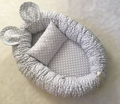 😺🐶 How to add a pet room to tiny space? to learn ideas of c Baby Nest Pattern, Baby Nest Bed, Baby Sewing Projects, Baby Room Design, Baby Bedroom, Diy Stuffed Animals, Baby Crafts, Baby Decor, Baby Knitting