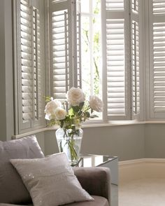 Bay Window Ideas - Browse pictures of living area bay window. Find ideas as well as inspiration for living space bay window to contribute to your very own home. Bay Window Exterior, Bay Window Shutters, White Shutters, Window Seats, Bay Window Bedroom, White Blinds, Interior Shutters, Bedroom Curtains, Windows With Shutters