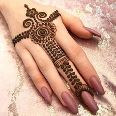 We have collected the best Mehandi designs that are suitable for any occasion. These mehndi designs easy to make and are extremely gorgeous. Henna Hand Designs, Mehandi Designs, Simple Henna Designs, Mehndi Designs Finger, Mehndi Designs For Girls, Mehndi Designs For Beginners, Modern Mehndi Designs, Mehndi Design Photos, Mehndi Designs For Fingers