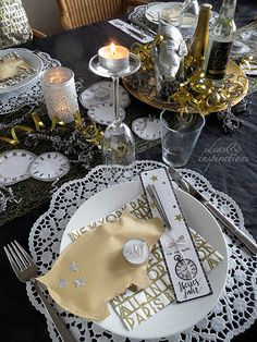 Table setting for New Year´s Eve
