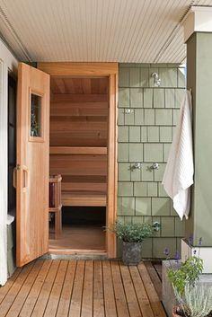 Outdoor shower with sauna by CTA Design Builders, Inc. Sauna Design, Home Gym Design, House Design, Jacuzzi, Modern Saunas, Sauna Shower, Indoor Sauna, Master Suite Addition, Finnish Sauna