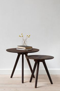 Where in your home will you place the sisters' smoked walnut coffee tables? Available in two sizes: dia. 40 cm and dia. 50 cm. Prices from DKK 248,00 / SEK 344,00 / NOK 358,00 / EUR 34,80 / ISK 6759