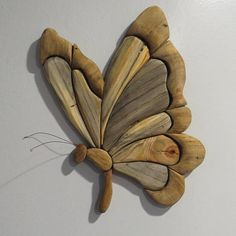 Blue Pine and Mystery Wood Intarsia Butterfly Intarsia Wood Patterns, Wood Carving Patterns, Dremel Wood Carving, Wood Butterfly, Paper Mache Animals, Barn Wood Projects, Intarsia Woodworking, Driftwood Crafts, Wooden Bird