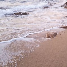 """Mi piace"": 3,608, commenti: 21 - Olivia Thébaut (@oliviathebaut) su Instagram: ""Weekend by the sea"""