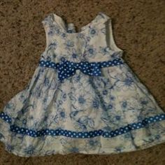 Chantilly Place Dress Size 6-9M     Price: $7.00