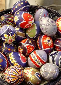 Decorative, perfect to decorate your table on Easter day - Decorative, perfette per decorare la tavola a Pasqua.