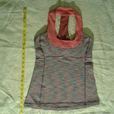 Lululemon tank top Lululemon tank top, in excellent condition. lululemon athletica Tops Tank Tops